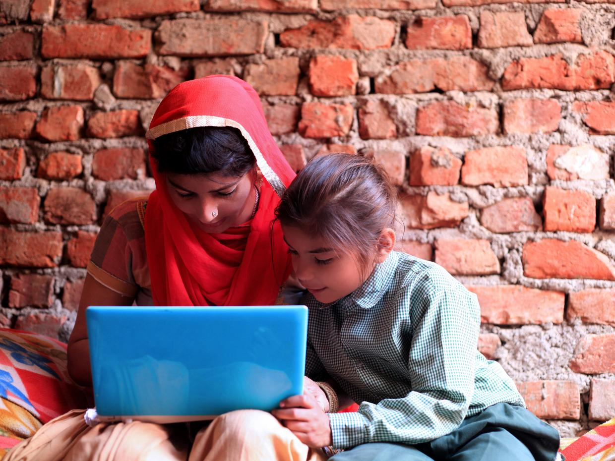 Advice on reaching remote students with limited access to learning technology