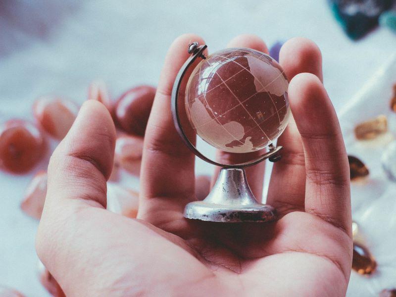 Managing global perspectives in online teaching