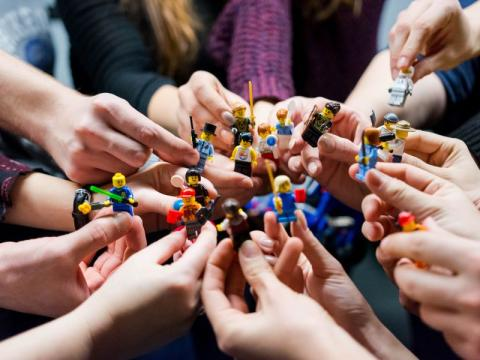 Advice on how LEGO can facilitate learning across many disciplines in higher education